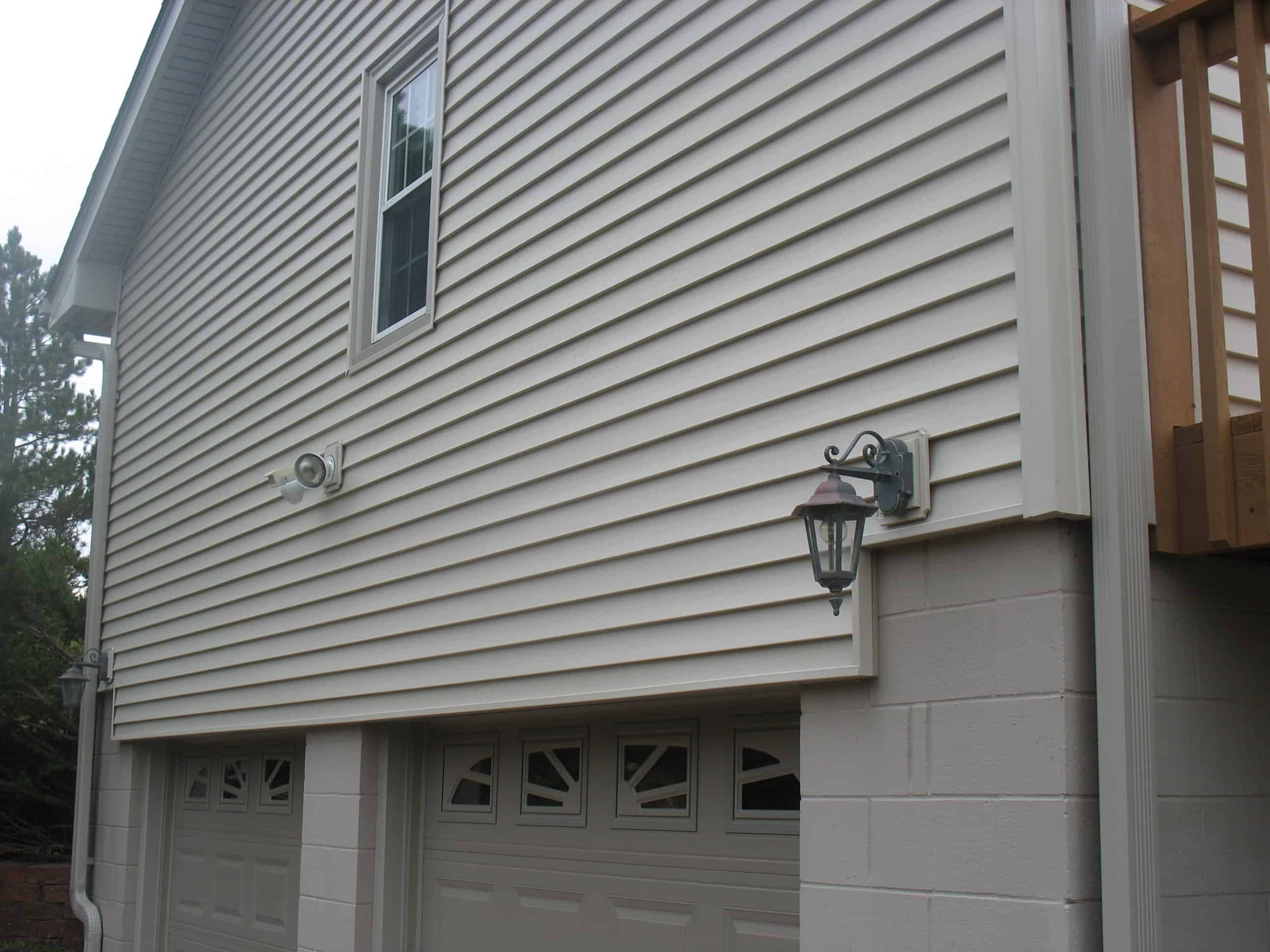 Omaha Seamless Vinyl Siding Associated Siding And