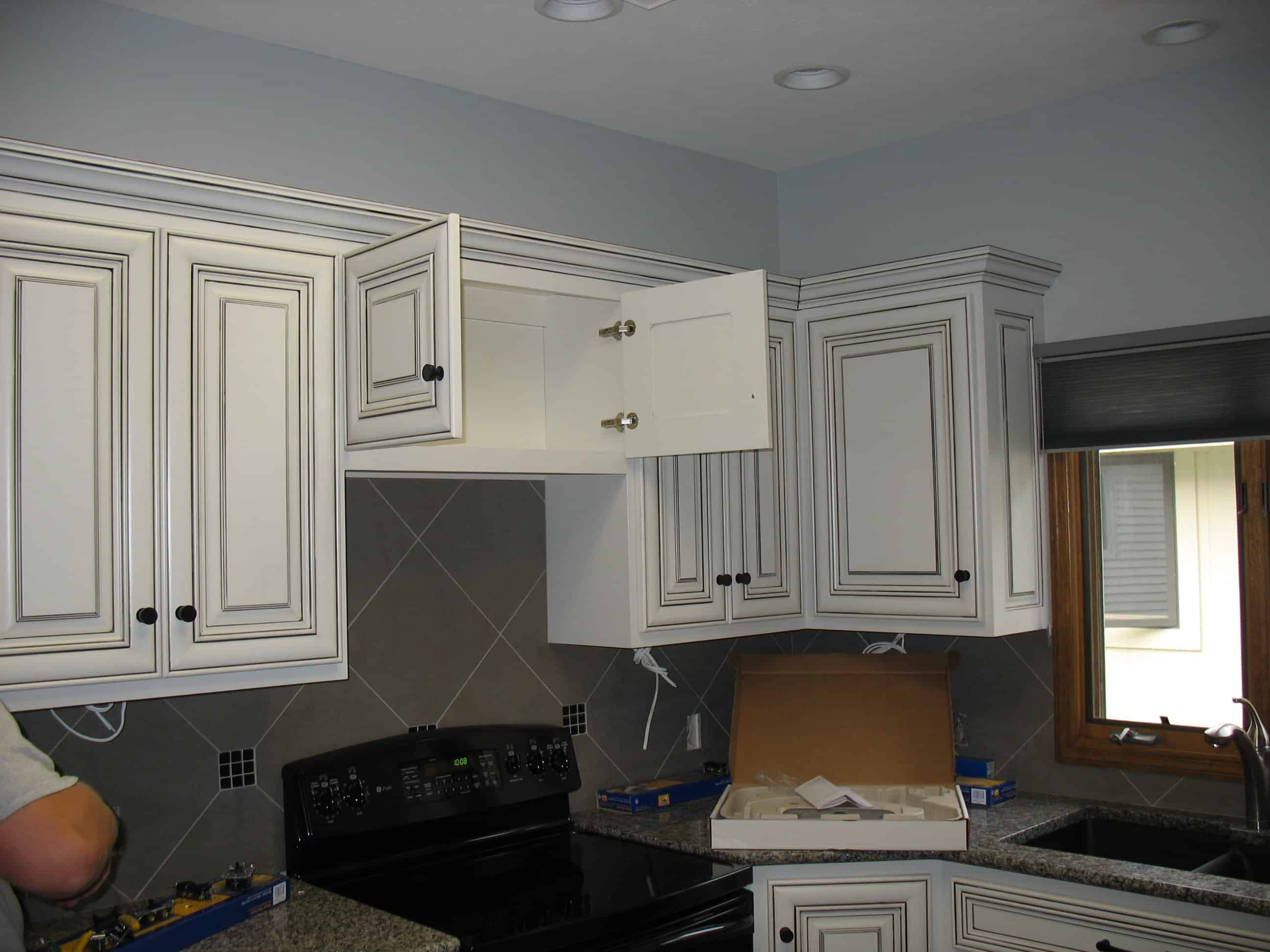 Local omaha remodeling company associated siding and for Local kitchen remodeling