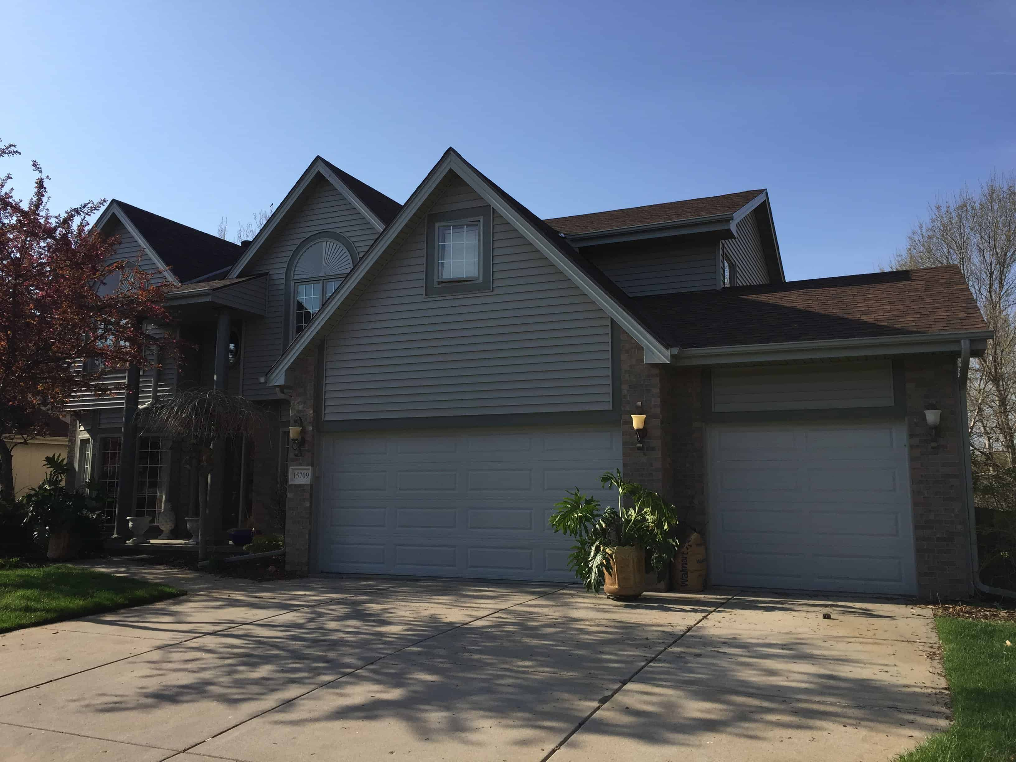 Roof Siding Gutters Amp Windows Associated Siding And