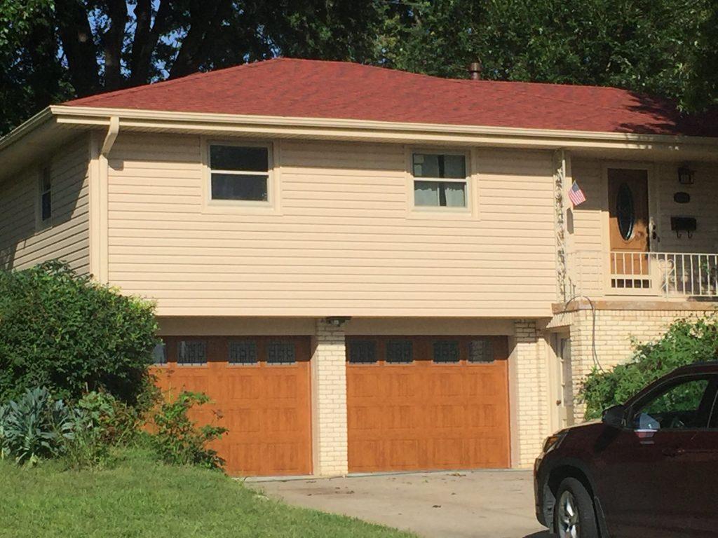 Vinyl Siding, Windows, Doors, Gutters and Re roof Home in Millard area home